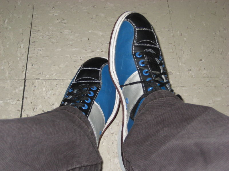Bowlin' shoes